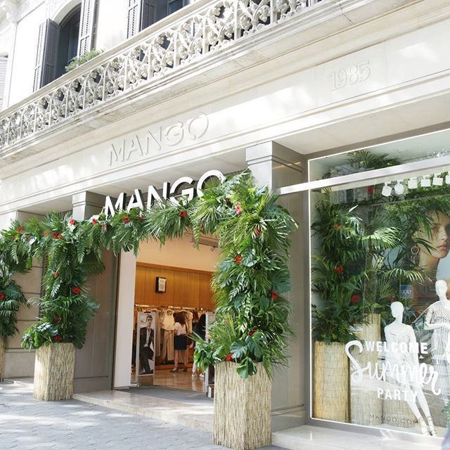WEBSTA @ mango - Stores are getting ready for summer#MANGOSummerParty