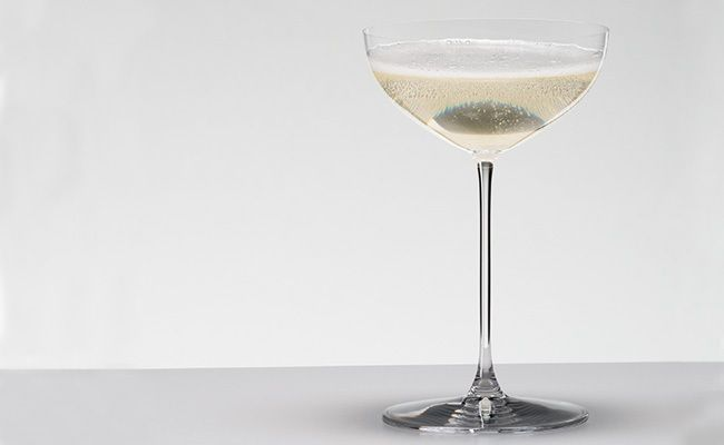 Five of our favorite champagne glasses to help you ring in the new year