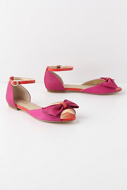 also, really need!  Gerbera Flats #anthropologie