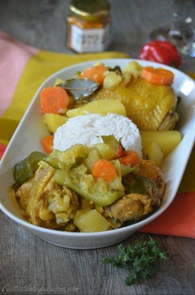 Du soleil dans l'assiette aujourd'hui avec cette recette. Et pas que dans l'assiette car le soleil se montre généreux en ce moment. Le colombo de poulet est une spécialité Antillaise, un plat épicé et savoureux qui a régalé nos papilles. Une idée de plat...