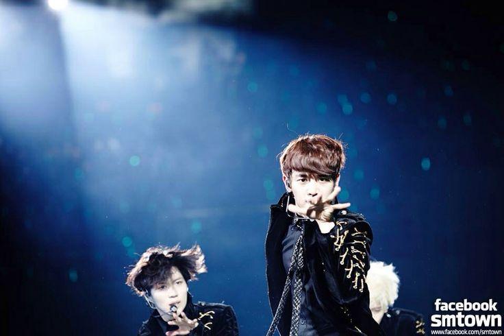 Minho and taemin
