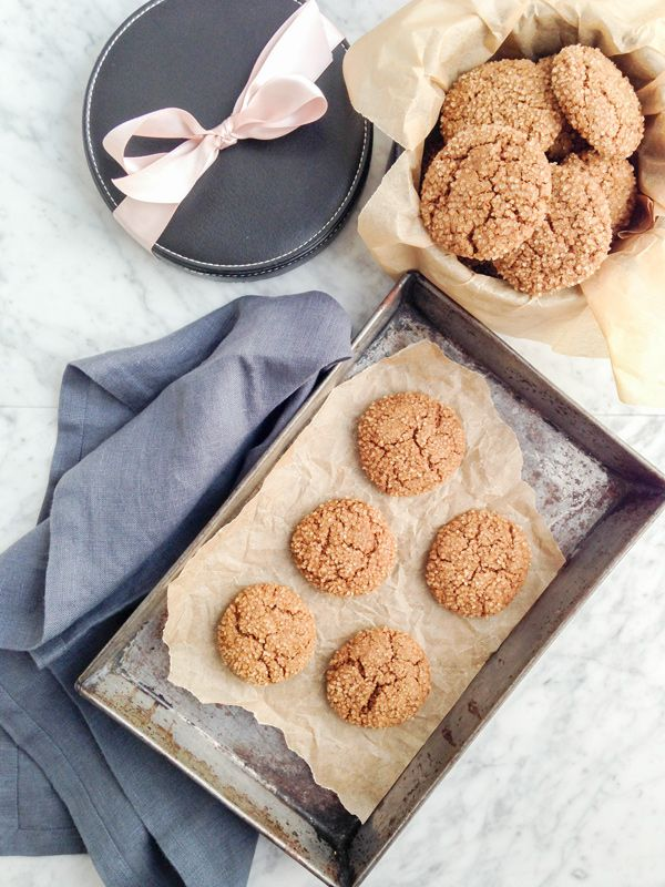 Healthy spelt and rye ginger snap cookies #DairyFree low-sugar #GingerSnap via @eyecandypopper