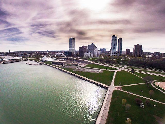 Aerial view of Veterans Park - Milwaukee Lakefront - downtown Milwaukee skyline - MAM