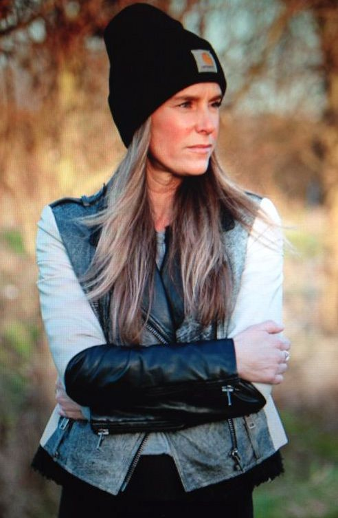 #leatherjacket #bikerjack #leather #women #womenswear #womensfashion #style #styleinspiration #fashioninspiration #outfit #outfitinspiration #streetstyle