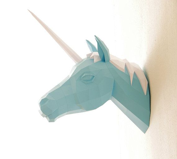 Papercraft Unicorn - My daughter would LOVE this hanging on her wall!  So unique