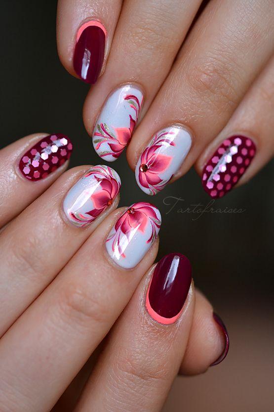 nail art fleur lotus one stroke