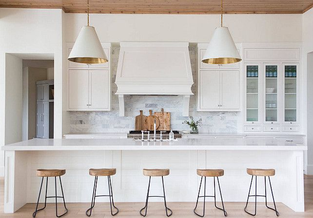 20 Ideas on How to Design a Transitional White Kitchen