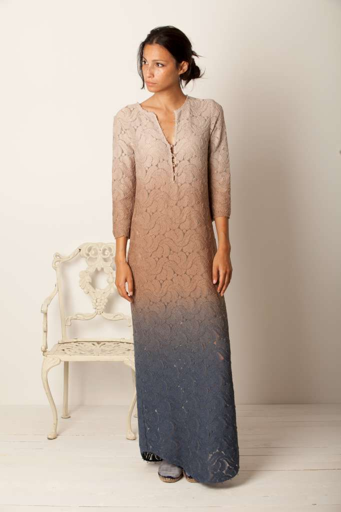 special dress... shades of colors... lace... easy and chic... momoé... summertime... Italy....Italian brand
