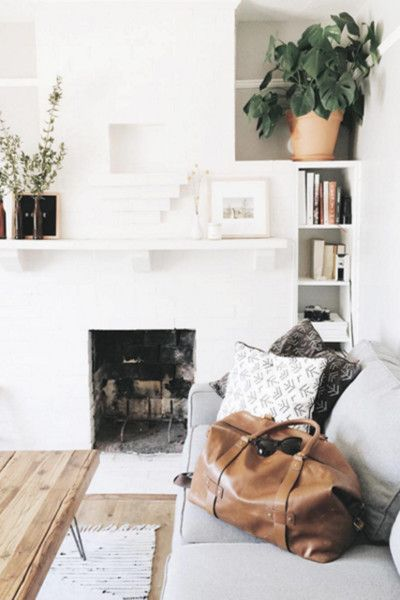 West Coast Cool - 15 Inspiring Fireplaces From Instagram - Photos