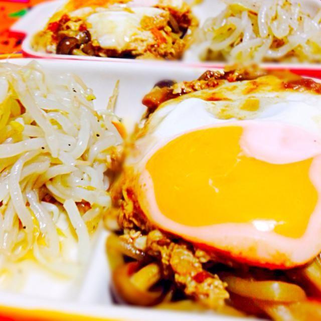 今日は納豆の紅生姜のせともやし料理でした。 - 171件のもぐもぐ - もやしナムルと野菜炒め味噌だれ目玉焼きのせ by qpchan