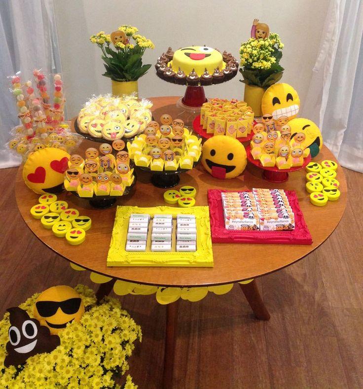 25+ melhores ideias de Bolo de emoji no Pinterest Bolo de aniversário emoji, Emoji de  # Decoração De Festa Tema Emoji