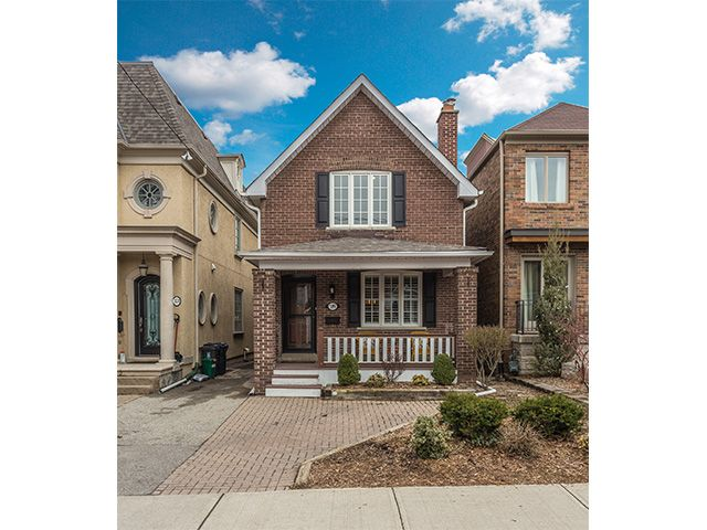 JUST SOLD   A beautiful, detached home in Bedford Park – a friendly, family-oriented neighbourhood in Toronto.     Call Yvonne Huh at  416-505-0153 For more information of Sold Price