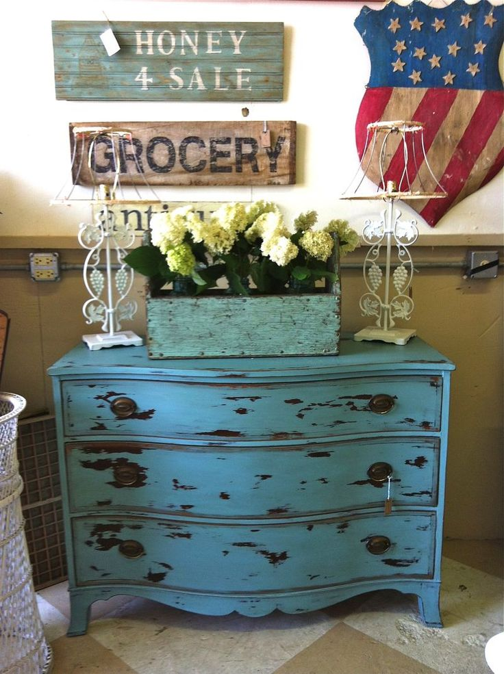 Chalk paint on pinterest chateaus furniture paint colors and
