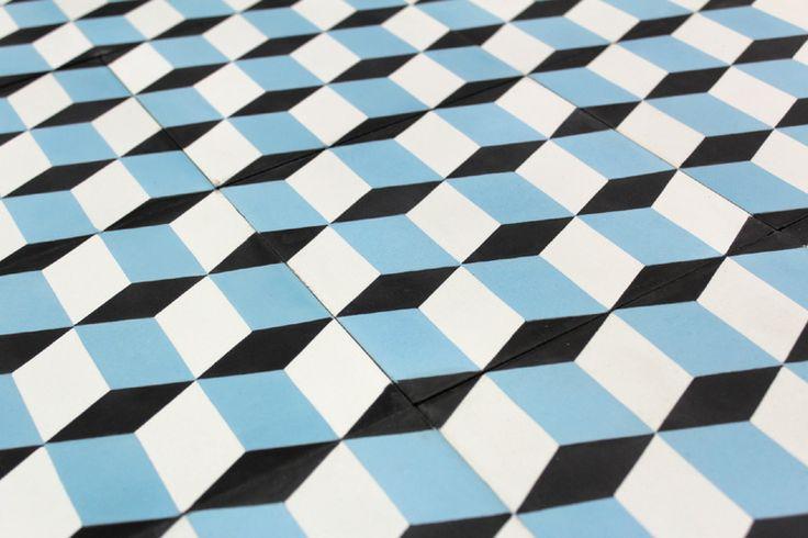 carreau ciment bleu en cube cov es les bains pinterest ps cubes and blue. Black Bedroom Furniture Sets. Home Design Ideas