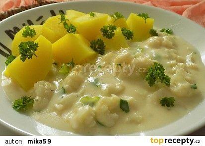 Květák v sýrové omáčce recept - TopRecepty.cz