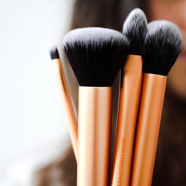 5 Affordable Makeup Brush Brands That Work Just as Good as the Pros | StyleCaster