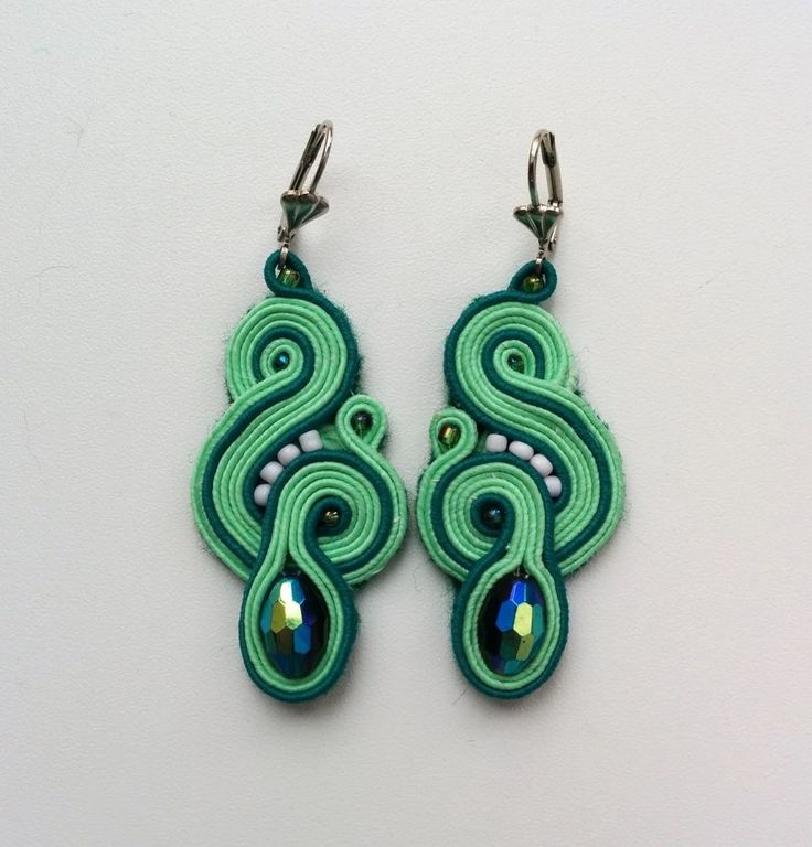 Soutache handmade earrings Svarovsky #Handmade #DropDangle