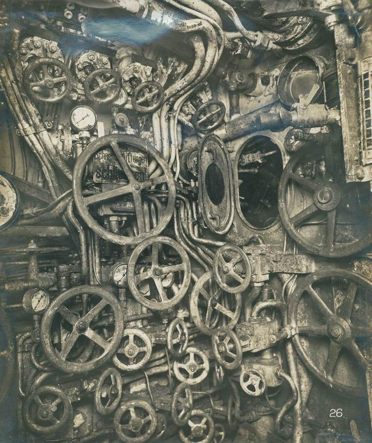Control room of the UB-110 German submarine, ca. 1918 Schnell Hans!!! Were sinking so turn the round valve!!!