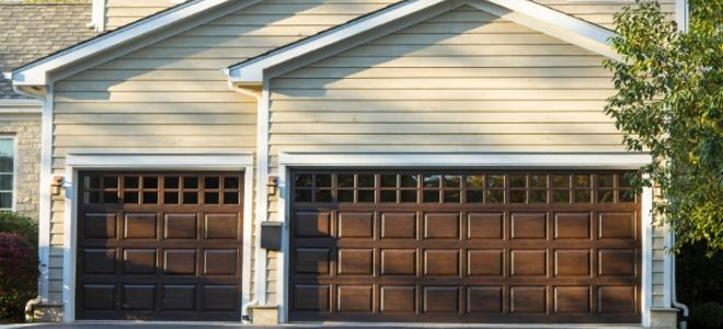 How To Install Trim Around A Garage Door Opening Garage Trim Door Opening Around Install Chain O In 2020 Garage Door Design Garage Doors Aluminium Garage Doors