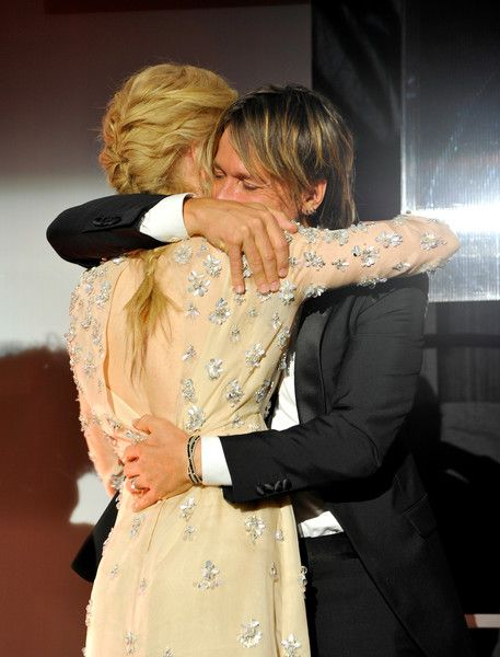 Keith Urban Photos Photos - Actress Nicole Kidman and musician Keith Urban onstage during the 2017 G'Day Black Tie Gala at Governors Ballroom At Hollywood And Highland on January 28, 2017 in Hollywood, California. - 2017 G'Day Black Tie Gala