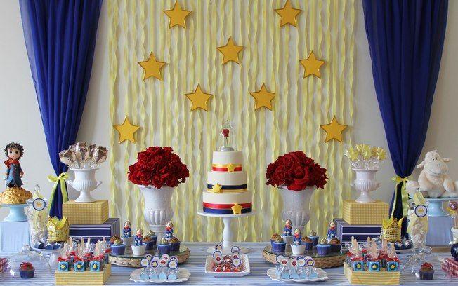 Uma das decorações favoritas para festas de meninos, a do Pequeno Príncipe traz todos os elementos principais do livro. Foto: Fabiana Moura/Divulgação. Aniversário pequeno príncipe.
