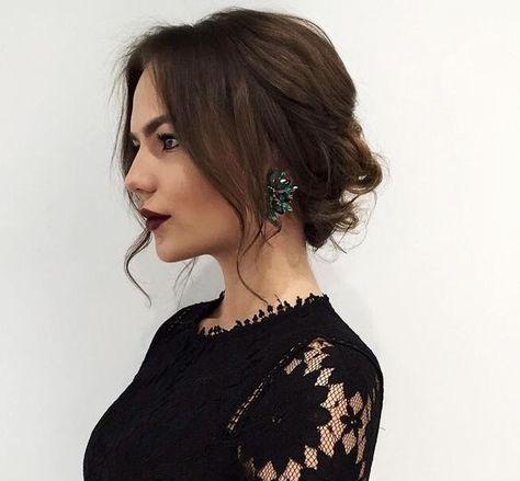 43+ Trendy hair styles for medium length hair elegant up dos