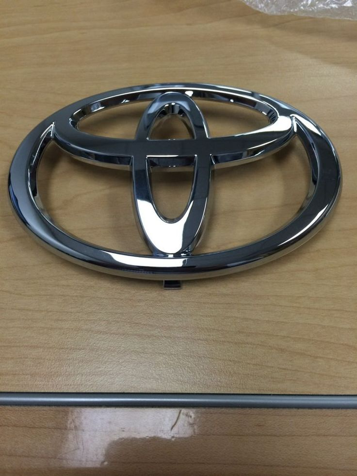 Front Grille Emblem Toyota Camry 2002 2003 2004 New Genuine Factory Car | eBay