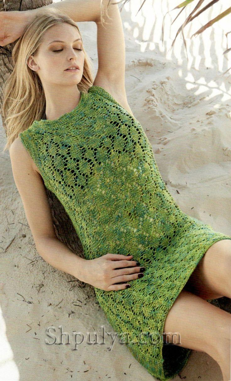 Зеленое мини платье спицами