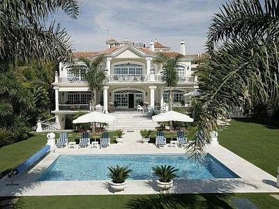Spain, Marbella, 16 pax http://pearlconcierge.pl/property/hiszpania-marbella-16-os/