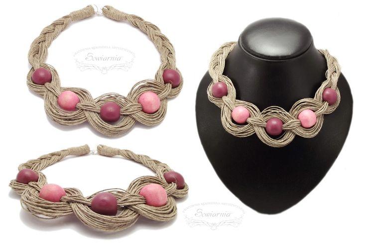 Linen necklace with wooden spheres / Naszyjnik z lnianego sznurka i drewnianych korali