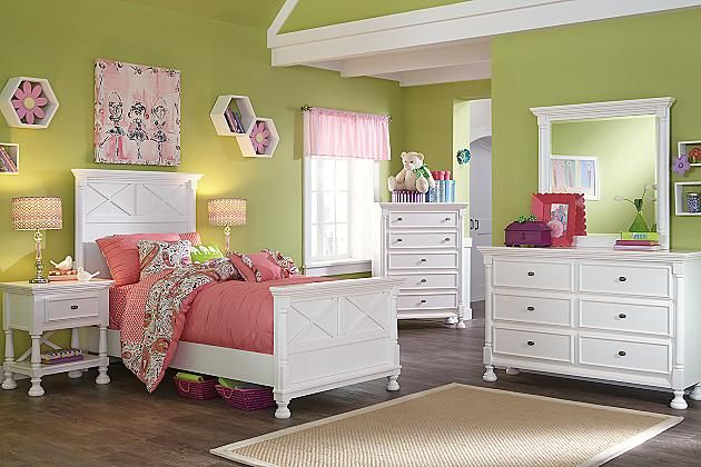 White Kaslyn Twin Panel Bed View 3