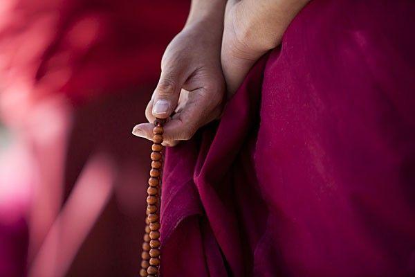 Cada uno de nosotros tiene un nombre que nos es dado al ser creados, de igual manera que nuestros padres nos dan un nombre al nacer. Éste va asociado con la vibración que produce nuestra alma en el mundo espiritual la cual da origen a un sonido, cada espíritu tiene una vibración diferente y el …
