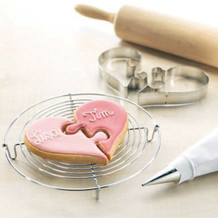 | Squires Kitchen Shop - Cake Decorating Supplies from the Sugarcraft Specialists