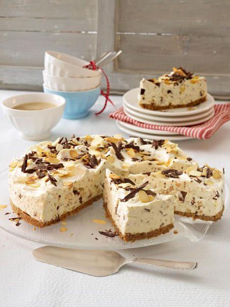 <p><h2>Philadelphia-Torte mit gerösteten Mandeln und Schokostückchen</h2></p><p><h2>Zutaten (für 12-16 Stcke)</h2></p><p>75 g Butter, 150 g Vollkorn-Butterkekse, 6 Blatt weiße Gelatine, 100 g Mandelkerne ohne Haut, 125–140 g Zartbitter-Schokolade, 400 g S