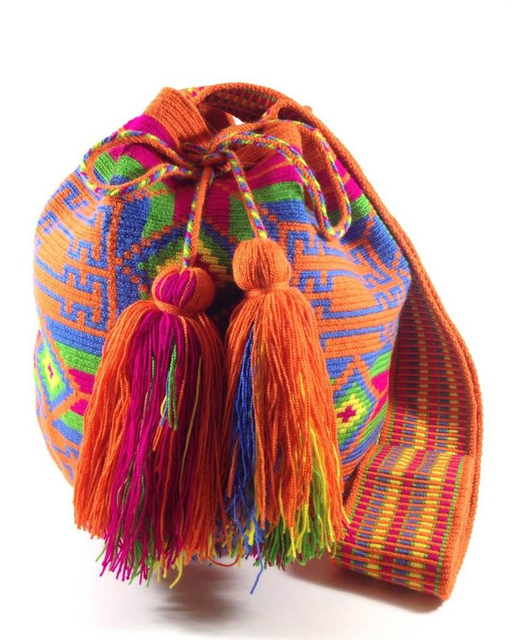 Authentic Wayuu Mochila Bag handmade in Colombia. Increadible design. KAANASH CITRUS WAYUU BAG available at www.shopkokay.com #wayuubag #kokay