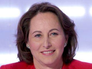 Ségolène Royal est née le 22 septembre 1953. Après des études à l'IEP de Paris en 1978, elle rentre à l'ENA où elle rencontre François Hollande, le père de ses enfants, dont elle est séparée aujourd'hui. Adhérente du PS dès 1978, elle s'occupe des questions liées à la...