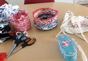 Workshops met recycled materiaal – Knit & Knot