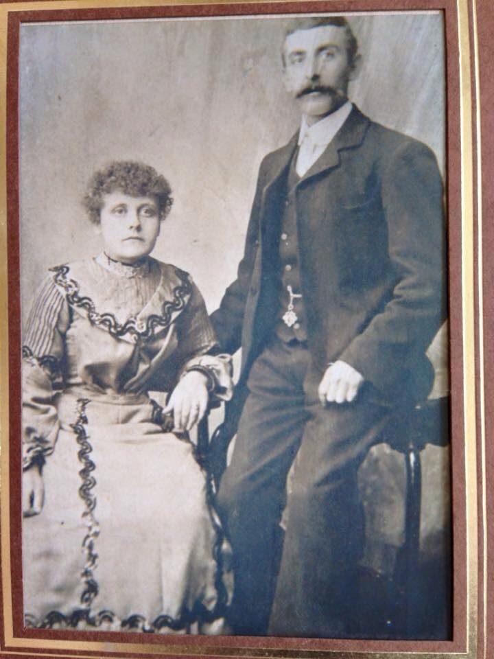 My great grandparents on my dads side The Craven's (Dads Mums parents) xxxxx