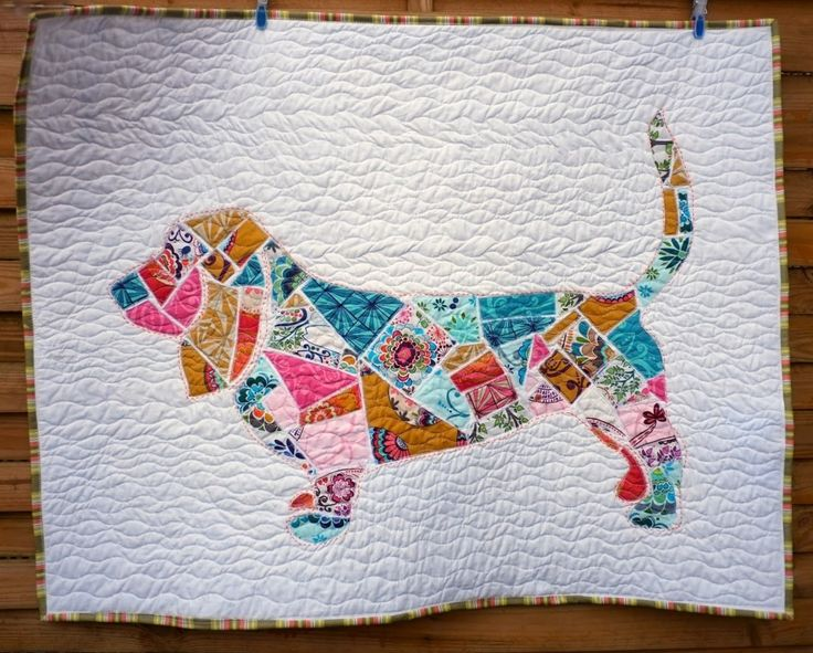 Wilbur the Basset Hound scrap quilt by Ruth Bourke | Charly & Ben's Crafty Corner. Inspired by the Ticker Tape Elephant wall hanging by Jen Eskridge (Scrap Happy Quilting).