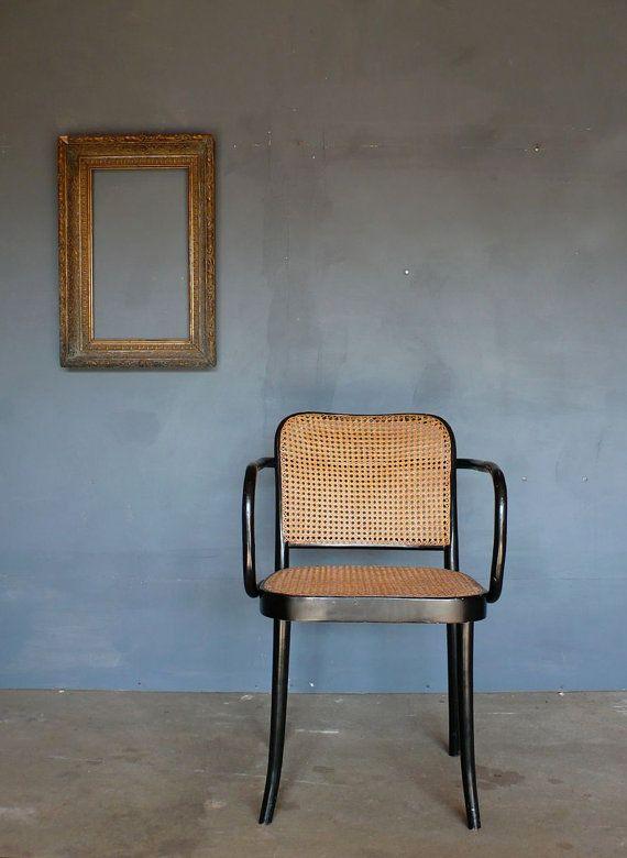 Original Thonet 'Prague' Chair no. 811. 1920's.