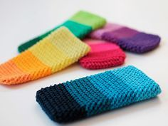 DIY tutorial: Crochet An Easy Phone Cover via DaWanda.com