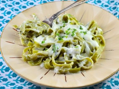 Better Than Olive Garden Alfredo Sauce | Recipe | Alfredo sauce ...