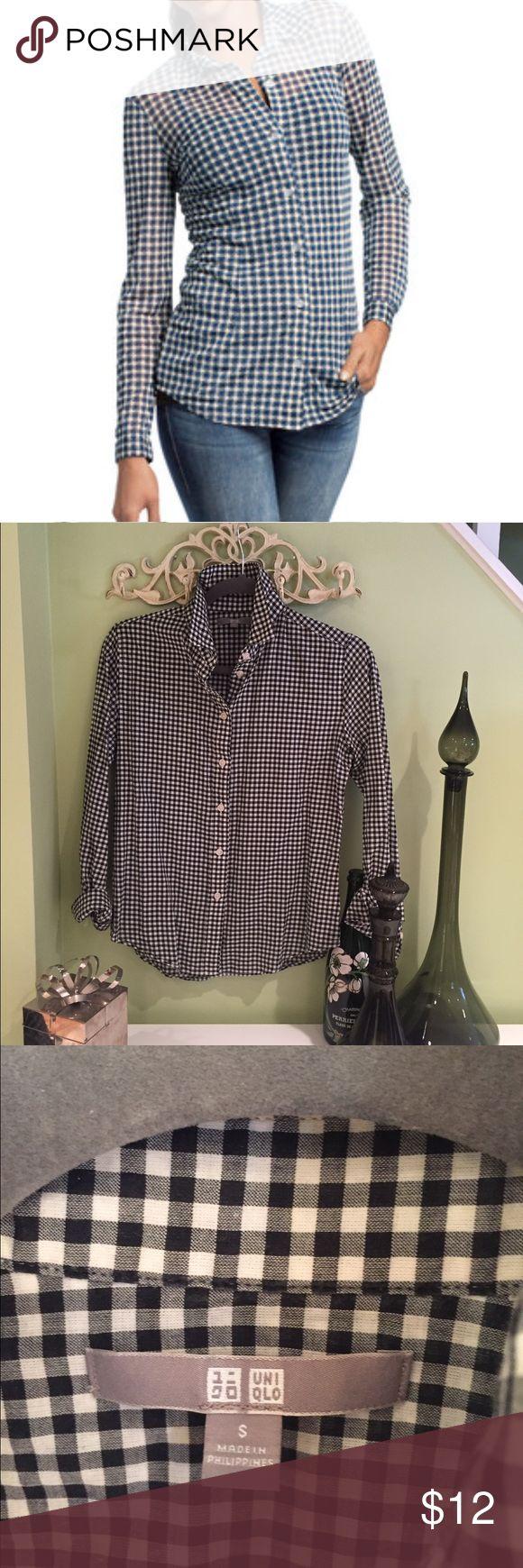 UNIQLO Black & White Checkered Shirt Cute, cute, cute! Uniqlo Tops Blouses