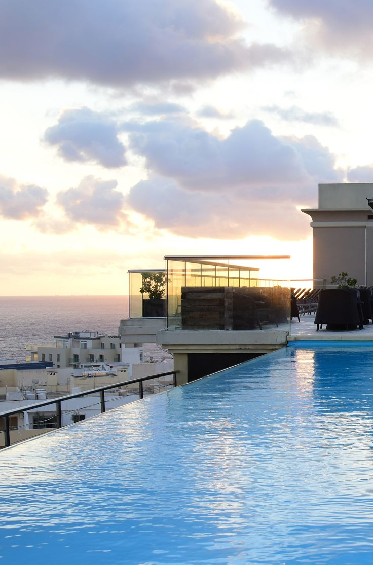 Find five star luxury within The Palace Hotel Malta and feel like a royal amongst stylish furnishings, pools, a spa and a rooftop terrace. Life is good! #Malta #DailyTravelInspiration @axhotelsmalta