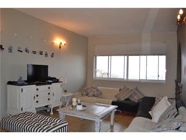 2 bedroom apartment in Morningside, Morningside, Property in Morningside - T2904