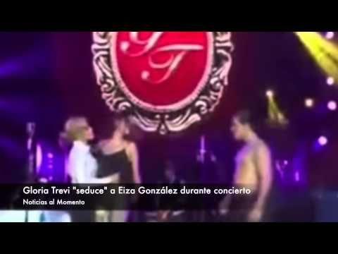 "Gloria Trevi ""seduce"" a Eiza González durante concierto"