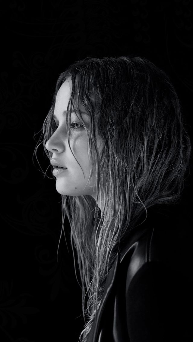 Jennifer Lawrence iPhone 5 wallpaper