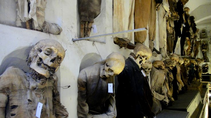 2012-10-28 Palerme cathédrale, catacombes 002