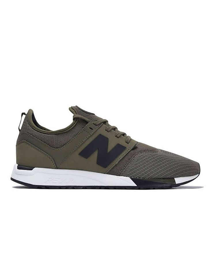 Life is demanding. Tackle it head-on in New Balance's new 247 sport. Designed to keep up in the gym or stand out on the move, this lightweight and flexible sneaker goes wherever you do. With a clean,