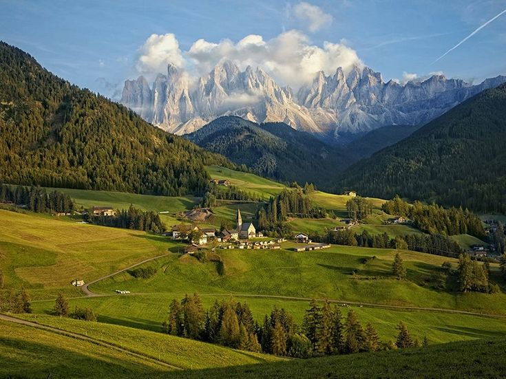 Unbelievable Picture of Dolomite Mountain Range, Italy